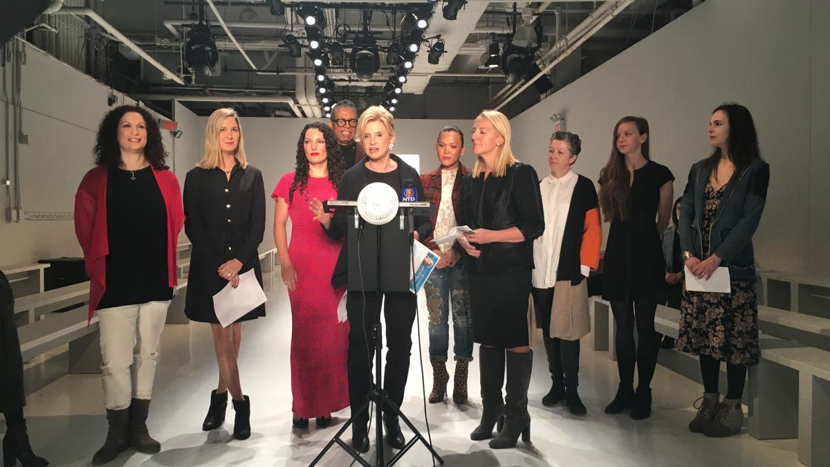 Rep Maloney Img And Nyc Designers Kick Off Fashion Week Celebrate Economic Benefits Of Nyc S Fashion Industry Congresswoman Carolyn Maloney