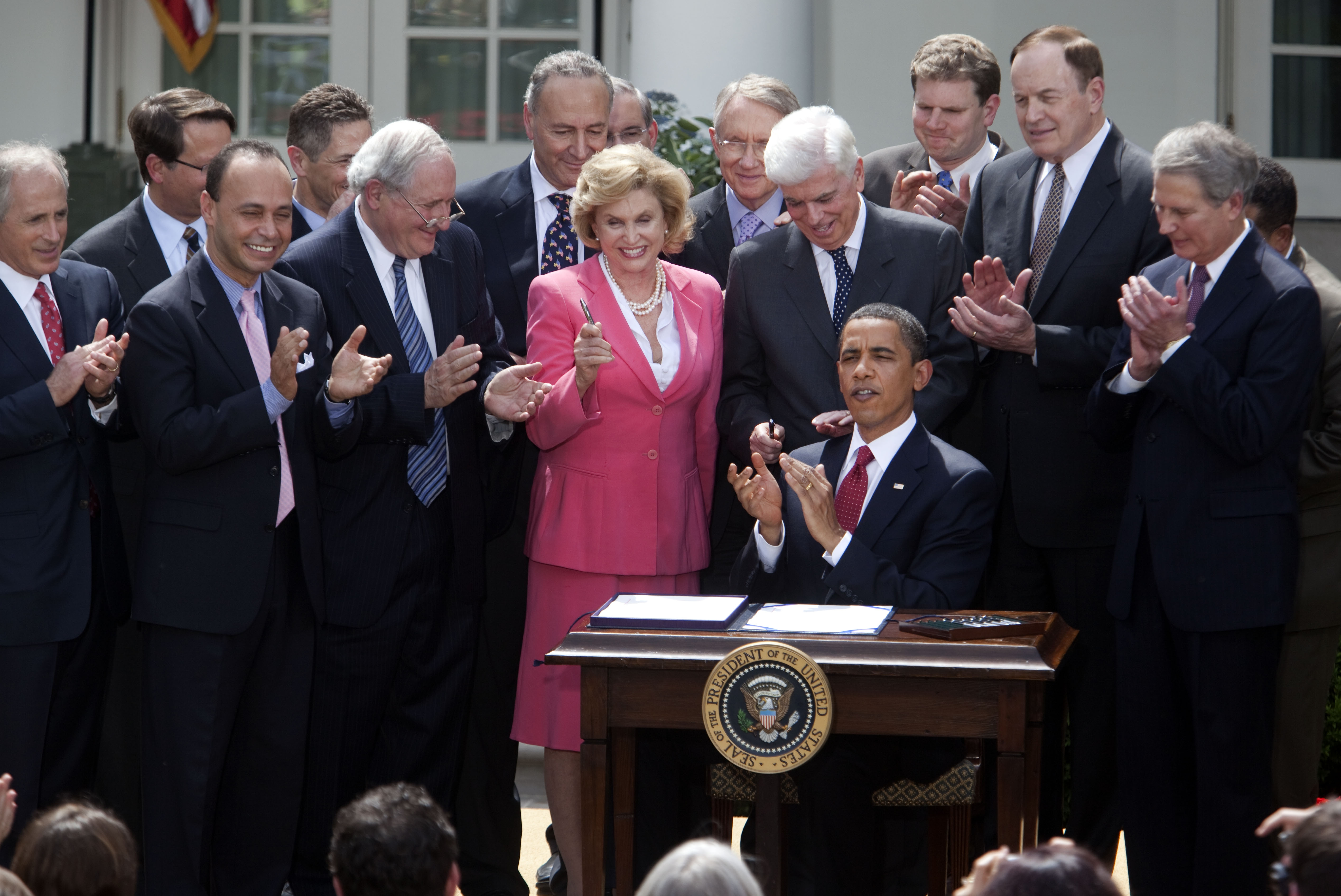 President Obama signs Rep. Maloney's Credit Cardholders' Bill of Rights in the White House Rose Garden